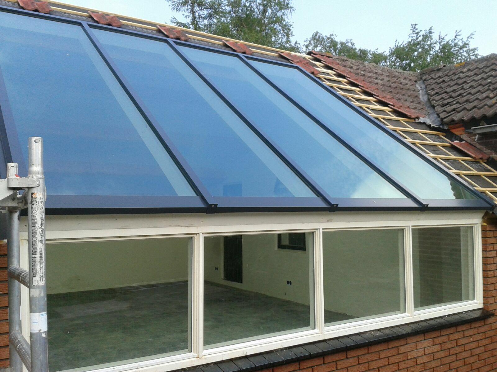 Glazen dak met glasprofielen xl glas en verf - Glazen dak dak glijdende ...